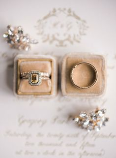 Vintage canary diamond halo engagement ring: http://www.stylemepretty.com/2016/05/10/this-vintage-inspired-wedding-will-transport-you-to-a-bygone-era/ | Photography: Audra Wrisley - http://audrawrisley.com/