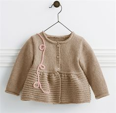 783 - Cardigan pattern by Bergère de France - Her Crochet Crochet Baby Jacket, Knitted Baby Cardigan, Knit Baby Sweaters, Kids Knitting Patterns, Knitting For Kids, Baby Patterns, Cardigan Bebe, Cardigan Pattern, Jacket Pattern