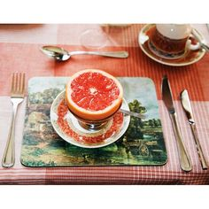 What's for breakfast? Grapefruit By Martin Parr, 2008 Martin Parr, William Eggleston, Documentary Photographers, Great Photographers, Magnum Photos, Color Photography, Film Photography, Street Photography, Landscape Photography
