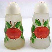 Anchor Hocking Salt & Pepper Shakers ~ Apple
