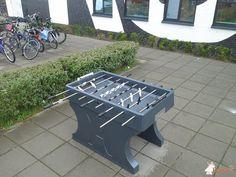 Tafelvoetbaltafel van beton Antraciet bij Praktijkonderwijs Almere in Almere