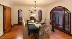 Love the windows in this dining room.