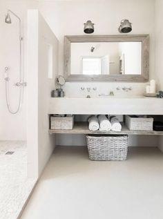 15 idées pour salle de bains tadelakt 15 ideas for tadelakt bathroom Bathroom Renos, Laundry In Bathroom, Bathroom Interior, Small Bathroom, Minimal Bathroom, White Bathroom, Bathroom Ideas, Bathroom Hacks, Master Bathroom