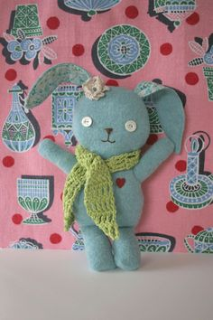 Here's another bunny named ''Sunny'' courtesy of Stitch Village, that Nini made from an older cashmere sweater, I am sure the pattern is ''Sew Easy'' you can make it even if you're just beginning to sew! (3 pc pattern on a pdf you download)