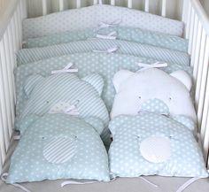 Paire de coussins ourson bleu/gris, pour tour de lit bébé