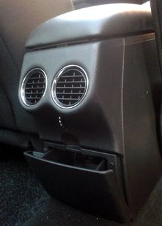 This car has seen some things - daylol.com