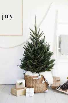 380 best minimal christmas images christmas crafts christmas rh pinterest com