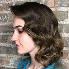 Frank Gironda Salon & Spa (@frankgirondasalon) • Instagram photos and videos Haircuts For Wavy Hair, Short Wavy Hair, Beauty Zone, Natural Waves, Hair A, Red Carpet, Salons, Curls, How To Look Better