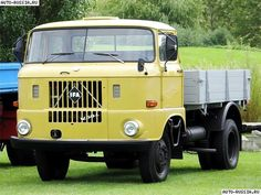 ayto DDR East German Car, Automobile, Beast From The East, East Germany, Commercial Vehicle, Retro Cars, Classic Trucks, Heavy Equipment, Old Cars