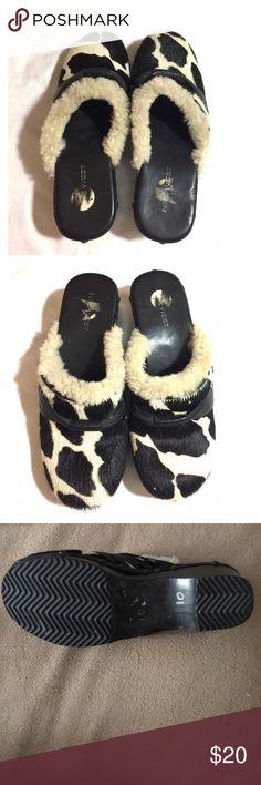 nine west wedge shoes like new nine west wedge shoes like new size 9 1/2 Nine West Shoes Wedges