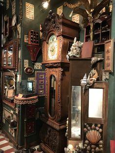 Cabinet of Curiosities & Impossibilities Interior Exterior, Interior Design, Art Cabinet, Diy Shadow Box, Cabinet Of Curiosities, Antique Shops, Architecture, Future House, Decoration