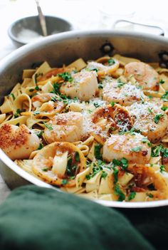 Here are best Scallop recipes for dinner, brunch or appetizers ranging from grilled scallops to seared scallops to bay scallop recipes, etc Fish Recipes, Seafood Recipes, Gourmet Recipes, Cooking Recipes, Healthy Recipes, Yummy Recipes, Cooking Fish, Best Scallop Recipe, Bay Scallop Recipes