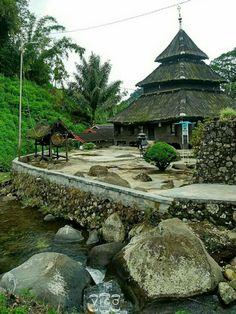 Masjid Tuo Kayu Jao  ( Nagari Batang Barus, Gunuang Talang, Solok ) West Sumatra, Indonesia  Photography Aryfigo