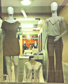 Nossa vitrine de fundos suede para Outono Inverno aquece bem. #RhaySam #moda #anapolis #. WhatsApp 9261 6879 3321 3636 by rhay_sam http://ift.tt/1XCWc66