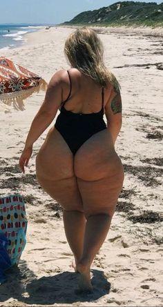 Naked chicks fucking on beach