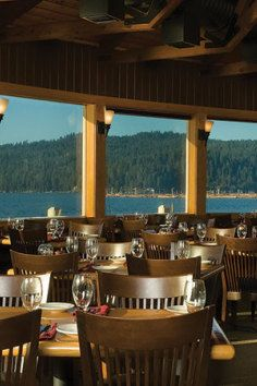 Cedar's Floating Restaurant, Idaho's premier floating restaurant Coeur d'Alene. Delicious.