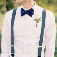 Uma inspiração para noivos estilosos que querem dar um toque super especial ao seu traje no dia do casamento.