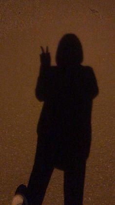 fake kapalı kızlar – Best of Wallpapers for Andriod and ios Teen Girl Photography, Shadow Photography, Tumblr Photography, Cool Girl Pictures, Friend Pictures, Girl Shadow, Shadow Pictures, Profile Pictures Instagram, Fake Girls