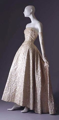 Ball gown  House of Dior (French, founded 1947)  Date: fall/winter 1953–54