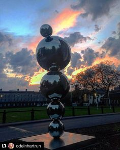 A sky-lit view of the 'Apples and Atoms' sculpture on campus. Thanks @cdeinhartrun for sharing. #Trinity #trinitycampus #trinitycollegedublin #trinitycollege #applesandatoms #sculpture #Repost @cdeinhartrun with @repostapp #tcd #trinitycollege #trinitycollegedublin #dublin #dublincity #dublintown #lovedublin #lovindublin #discoverdublin #discoverireland #visitdublin #visitireland #igerdublin by trinitycollegedublin