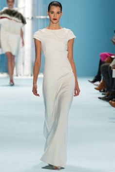 Carolina Herrera Fall 2015 Ready-to-Wear Fashion Show - Pauline Hoarau