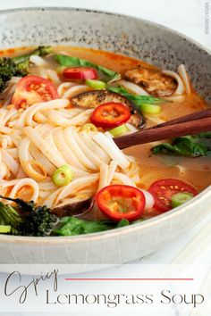 This vegan Thai Red Curry Lemongrass Soup recipe is easy and healthy! Plenty of veggies complement the spicy, creamy coconut broth with hints of ginger and lemongrass. This vegan soup is also packed with deliciously chewy pad Thai ramen noodles, making it a simple vegan meal! #lemongrasssoup #thairedcurry #coconutcurrysoup #vegansoup #vegannoodlesoup Curry Recipes, Soup Recipes, Dinner Recipes, Easy Vegan Curry, Thai Vegan, Lemongrass Soup, Vegan Comfort Food, Vegan Soups, Healthy Vegetables