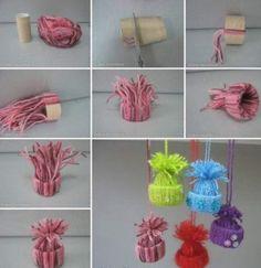 Använd toarullar och garn för att göra söta mössor.