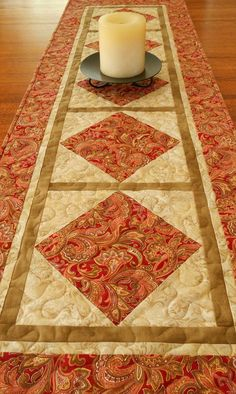 Quilted Table Runner Red Paisley by susiquilts on Etsy