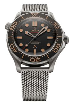 Omega reveals that Daniel Craig will carry the new Seamaster Diver 007 Edition in the upcoming Bond film No Time To Die which premieres in April James Bond Watch, James Bond Movies, Rolex Explorer Ii, Omega Seamaster Diver 300m, Omega Speedmaster, Omega Seamaster James Bond, Daniel Craig, Best Watches For Men, Cool Watches