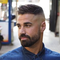 Side Swept Ivy League Haircut - Best Men's Hairstyles: Cool Haircuts For Men. Most Popular Short, Medium and Long Hairstyles For Guys Mens Hairstyles With Beard, Cool Hairstyles For Men, Cool Haircuts, Hairstyles Haircuts, Haircuts For Men, Hairstyle Ideas, Mens Fade Haircut, Barber Haircuts, Popular Mens Hairstyles