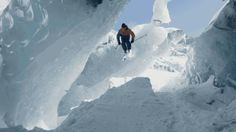 SKI THE ICE CAVE OF MONT BLANC MOUNTAIN
