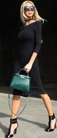 #summer #stylish #style #outfitideas   All Black + Pop Of Green