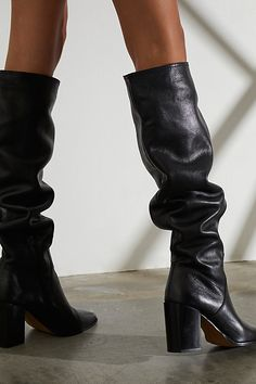 Black Boots Outfit, Tall Black Boots, Black Leather Boots, Slouchy Boots, Womens Golf Shoes, Fall Shoes, Dream Shoes, Me Too Shoes, Heeled Boots