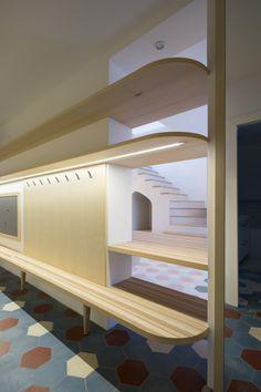 archiweb.cz - Baugruppe Villa, Studios, Loft, Furniture, Home Decor, Projects, Homes, Decoration Home, Room Decor
