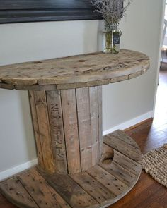 Are you searching for ideas for farmhouse decor? Check this out for amazing farmhouse decor ideas. This cool farmhouse decor ideas will look absolutely terrific. Country Decor, Rustic Decor, Farmhouse Decor, Farmhouse Style, Modern Farmhouse, Farmhouse Ideas, Rustic Table, Farmhouse Remodel, Farmhouse Design