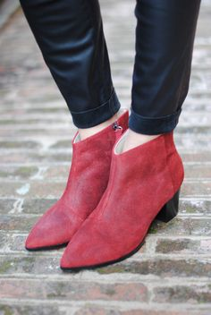 #fashion #shoes FASHIONVIBE: Red Boots