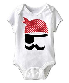 Love this White Pirate Eye Patch Bodysuit - Infant by American Classics on… Sewing For Kids, Baby Sewing, Pirate Eye Patches, Costura Diy, Diy Couture, Sewing Appliques, Baby Kind, Baby Party, Applique Designs