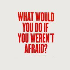 Fear is a feeling that prevents us from evolving, why feel it then? get rid of it! 🔥✨💛 #happyfriday El miedo es un sentimiento que nos impide evolucionar, ¿por qué sentirlo entonces? Desaste de eso! 🔥✨💛 #felizviernes