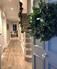 Gorgeous Fabulous Hallway Decor Ideas For Home. ideas Fabulous Hallway Decor Ideas For Home Grey Hallway, Modern Hallway, 1930s Hallway, Hallway Decorating, Entryway Decor, Interior Decorating, Interior Design, Decorating Ideas, Christmas Hallway
