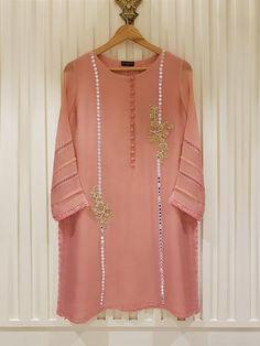 Pakistani Clothes Casual, Simple Pakistani Dresses, Pakistani Dress Design, Stylish Dresses For Girls, Casual Dresses, Simple Dresses, Dress Outfits, Fancy Dress Design, Stylish Dress Designs
