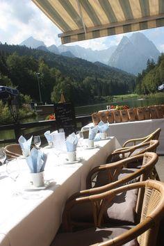 Kaffeegedecke Heiraten in Bayern, Hochzeit in den Bergen von…