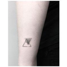 explore  **************************************************** #glyph #explore #design #new #black #noir #triangletattoo #2016 #jakubnowicztattoo #poznan #geometrictattoo #minimal #minimalism #minimalistictattoo #smalltattoo #dotwork #btattooing #tattrx #blxckink #inkstinctsubmission #fashion #blacktattooart #bw