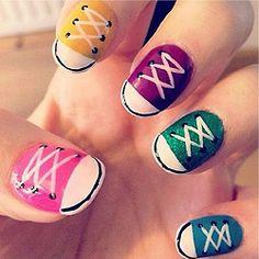 Cute converse nail art! Simple Nail Art Designs, Nail Polish Designs, Cute Nail Designs, Hair Designs, Cute Nail Art, Easy Nail Art, Super Cute Nails, Pretty Nails, Converse Nail Art