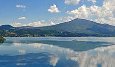 """Misterio y belleza del lago de Zirahuen (Belleza) Tomada por: """"El Alto Lucero"""" (The High Bright Star)"""