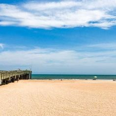 Here's a guide to the best beaches near St. Augustine Beach, Florida, including Butler Beach, Ponte Vedra Beach, Anastasia State Park and beyond. Tybee Island, Island Beach, Best Beaches To Visit, Places To Visit, Saint Augustine Beach, Edisto Beach, Ponte Vedra Beach, North Beach, Hilton Head Island