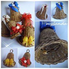 PLETENÍ Z PAPÍRU 2011 Newspaper Crafts, Old Newspaper, Christmas Diy, Christmas Decorations, Xmas, Paper Straws, Basket Weaving, Vintage Inspired, Projects To Try
