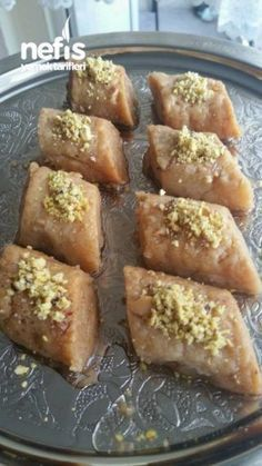 5 Dk Da 5 Material With Enfess Tatli, Cake Recipe Using Buttermilk, East Dessert Recipes, Potato Cakes, Recipe Mix, Turkish Recipes, Mini Desserts, Cookie Recipes, Granola, Food And Drink
