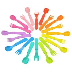 Re-Play's Toddler Utensils are perfect for little ones learning to feed themselves. Durable and affordable, forks feature rounded tips for safety and spoons have a deep scoop for the hungriest toddlers. Mix and match utensils with our plates, bowl. Utensil Set, Cutlery Set, Plastic Milk Bottles, Milk Jugs, Plastic Plates, Forks And Spoons, Hello Beautiful, Replay, Beautiful Children