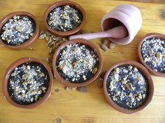 Γρούτα ή Μουσταλευριά με πετιμέζι εικόνα