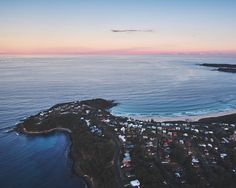 On the Journal, on one of their last trips before their baby arrives,Citizens of Humanity share their itinerary and everything they love about Australian beaches in the winter.